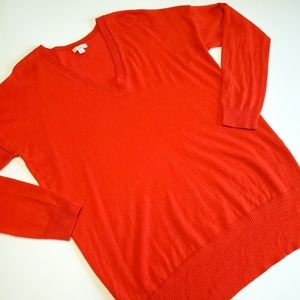 Gap orange vneck sweater size medium
